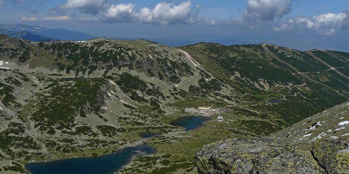 Musala hut from Musala peak